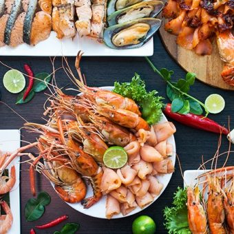 river-prawn-salmon-dinner-buffet-fri-sat