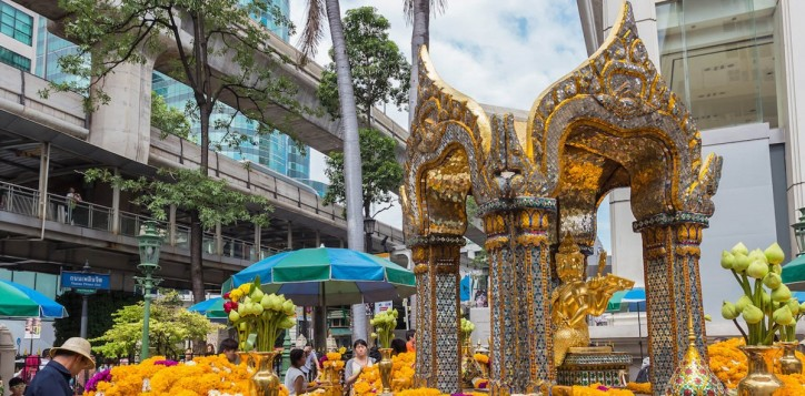 destination-erawan-shrine