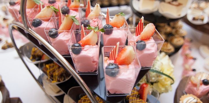 resize-to-1400-450-sweeties-buffet-2