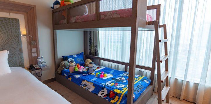 family-room-s2e-h7272_31-2